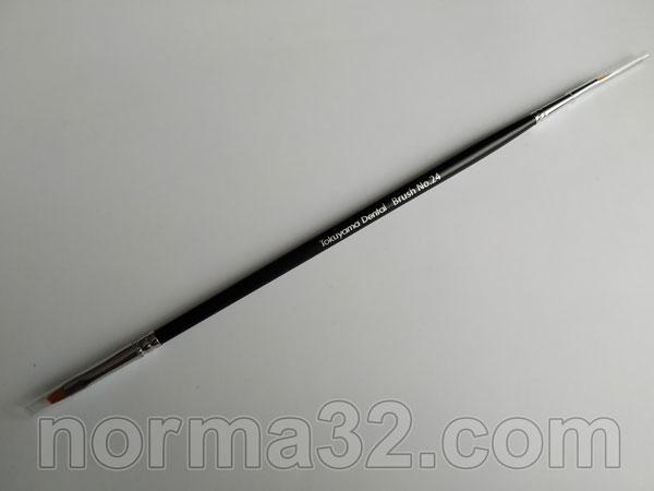 Кисточка для моделирования Brush №24 Tokuyama Dental Фото 4