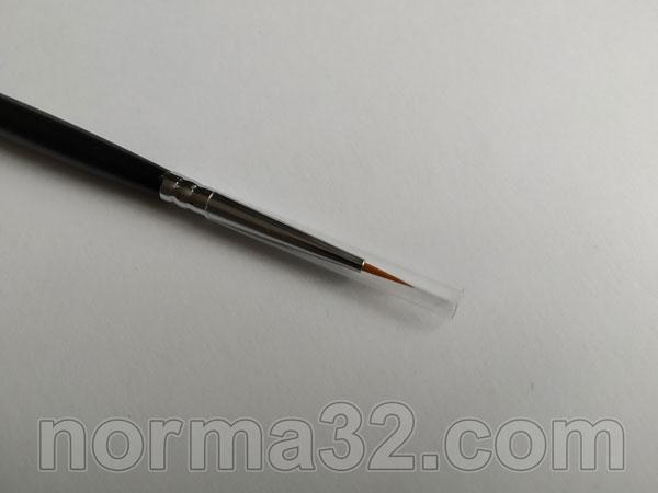 Кисточка для моделирования Brush №24 Tokuyama Dental Фото 3